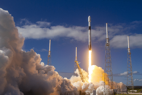 Mission Success: How RapidAir Compressed Air Products Play a Role in SpaceX Flight